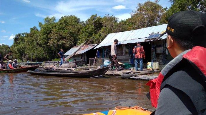 Tim gabungan melakukan pencarian hari kelima terhadap melayang yang hilang di Sungai Nilo Desa Penarikan Kecamatan Langgam Kabupaten Pelalawan, Rabu (23/06/2021).