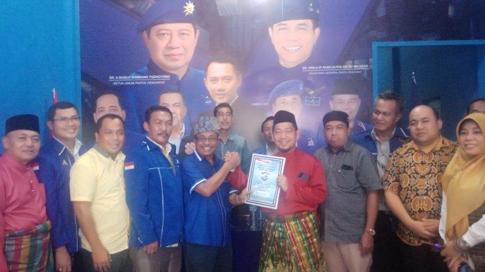 Adi Sukemi Ambil Formulir Pendaftaran Calon Bupati ke Demokrat Pelalawan Riau, Yakin Maju Pilkada