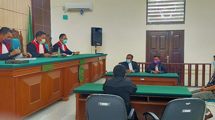 Hakim Tolak Eksepsi Terdakwa Lanjutkan Materi Perkara, Putusan Sela Kasus Karhutla PT Adei