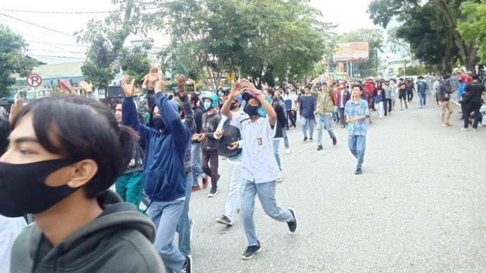 Dosen Ini Beri Nilai A Pada Mahasiswa yang Demo Tolak UU Cipta Kerja, Kuliah Diliburkan