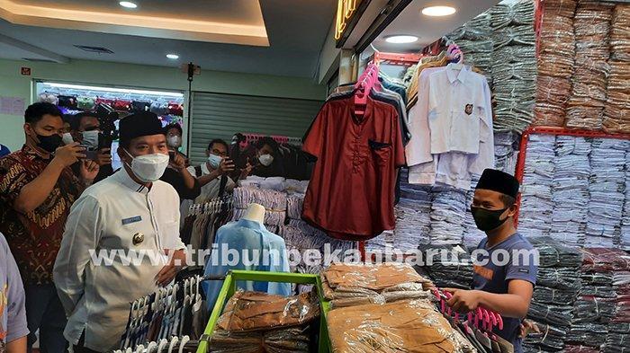 FOTO : Wali Kota Pekanbaru Tinjau Aktivitas di Sukaramai Trade Center - aktivitas-stc-ditinjau-wako-pekanbaru.jpg
