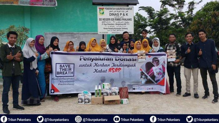 Aliansi Pemuda Sadar Api Riau Bagikan Hasil Donasi Tagar Riau Melawan Asap