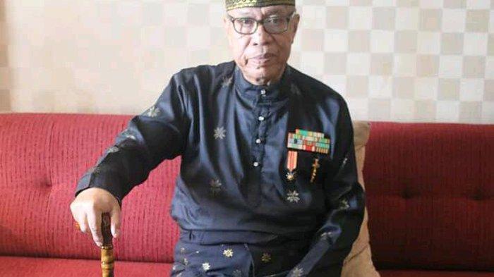 Almarhum Syarwan Hamid