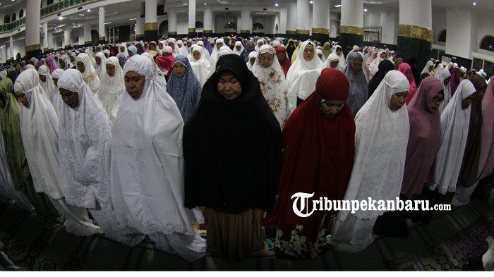 Jemaah di Kota Pekanbaru Tidak Bisa Gelar Salat Gerhana, Masih Zona Merah Covid-19, Ini Imbauan MUI