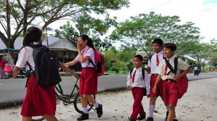 Syarat Masuk Sekolah Wajib Pakai Aplikasi PeduliLindungi, Anak yang Tak Punya HP Tak Boleh Masuk?