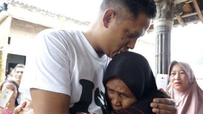 Mengharukan, Pria Indonesia yang Diadopsi Keluarga Belanda 40 Tahun Lalu Bertemu Ibu Asli