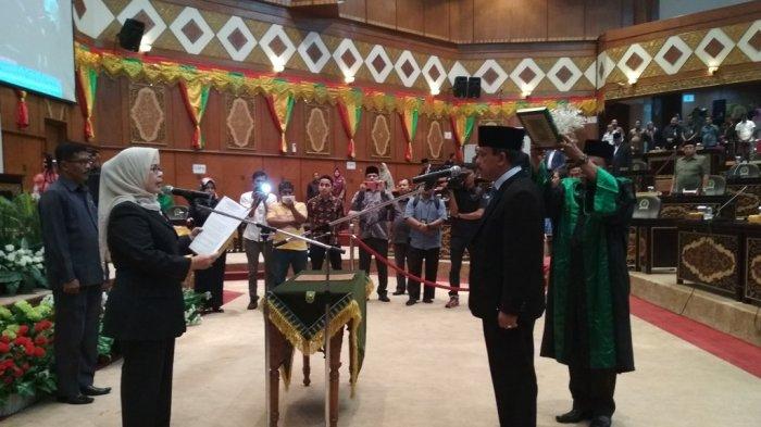 NurzamanResmiGantikan Hardianto, Duduki Kursi Dewan Usai PAW Anggota DPRD Riau