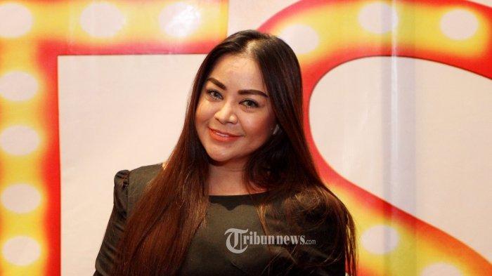 Anisa Bahar Mengaku Jadi Korban Iklan, Belanja Online Bulu Mata, Produk yang Datang Tak Sesuai