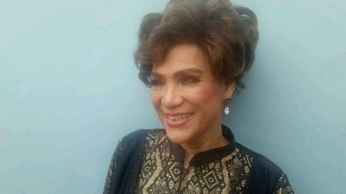 Dorce Gamalama Ditemukan Pingsan Sebelum Dilarikan ke RS, 'Diciprat Air Enggak Bangun-bangun'