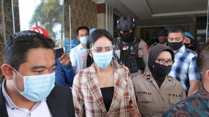 Cerita Vernita Syabilla Saat Penggerebekan di Hotel, 'Saya Masih Utuh Berpakaian'