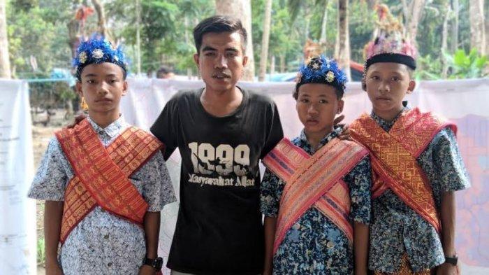 STORY - Arwan, Sinyal Pejuang Adat dari Talang Mamak