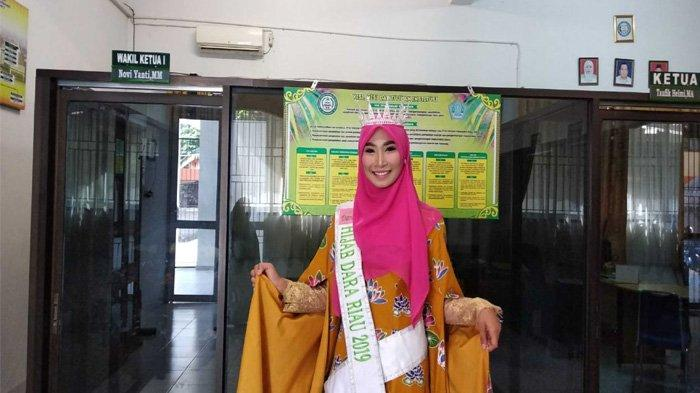 Motivasi Anak Muda Pakai Hijab, Asmi Yanti Tak Sekadar Ikut Hijab Dara Riau
