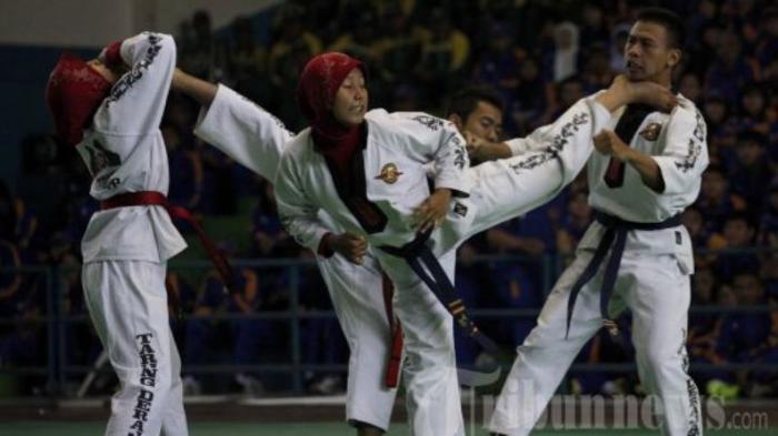 Terkendala Biaya, Atlet Tarung Drajat PON Riau Bolak-balik Rohul-Pekanbaru Untuk Latihan