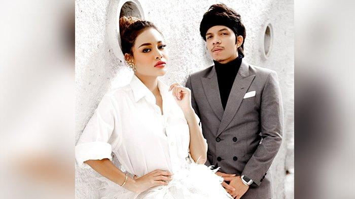 Aurel Hermansyah dan Atta Halilintar resmi menikah