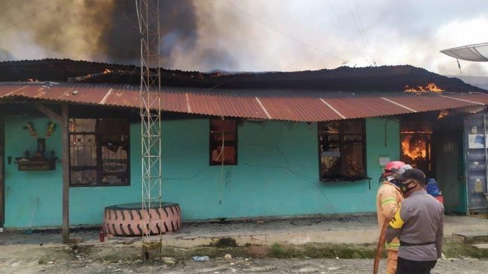 Awal Tahun 2021 di Dumai Disambut Kebakaran Satu Gudang Tiga Petak Bangunan
