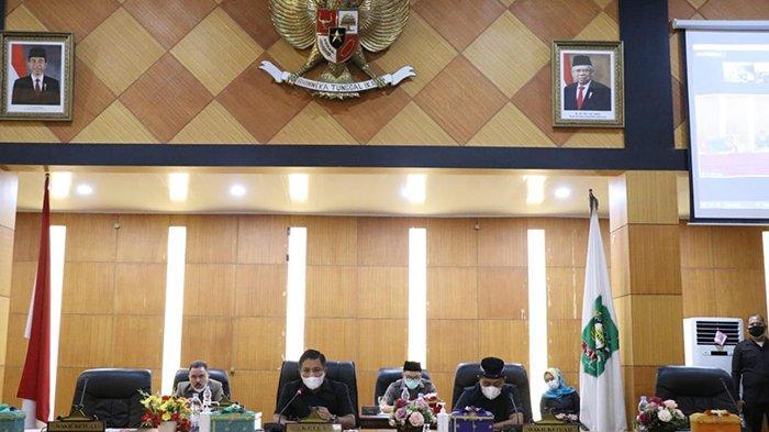 Baku Hantam Nyaris Warnai Rapat Pleno Golkar, Azmi Digoyang dari Ketua DPRD Siak,Apa Kata DPD Riau?