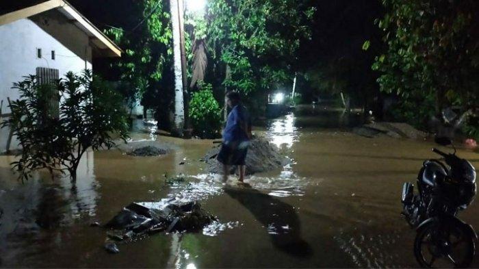 Tak Lama Lagi Sungai Rokan Meluap, Diguyur Hujan Sejumlah Daerah di Kecamatan Rambah Rohul Terendam
