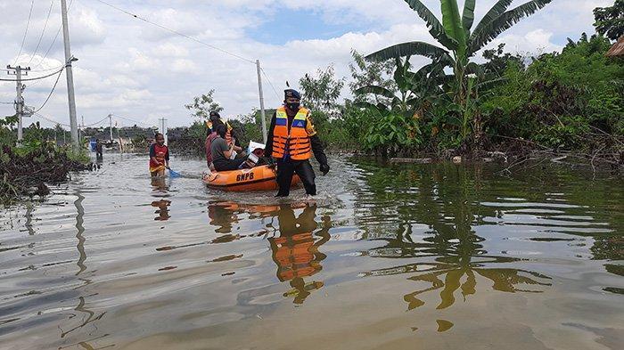2 Hari Tergenang Banjir,Warga Pekanbaru Masih Harus Sabar Air Belum Surut,Berikut Ini Titik Banjir