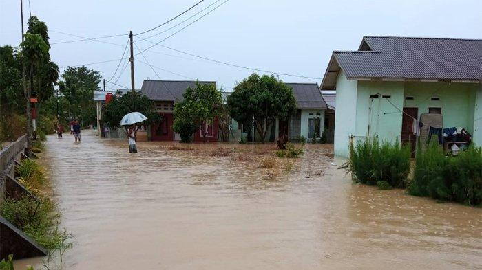 Kembali Banjir Landa Pekanbaru, Kali Ini 2 Perumahan di Kelurahan Sungai Sibam Terendam Banjir