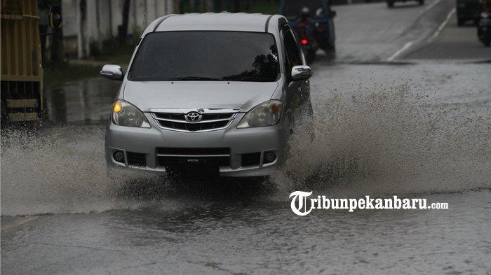Hujan Sekejap Langsung Tergenang, Bagaimana Penanganan di Pekanbaru? Ini Kata Dinas PUPR