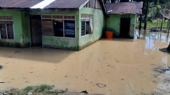 Banjir di Kuansing, Dua Daerah Terdampak Setelah Hujan Deras dan Sungai Meluap