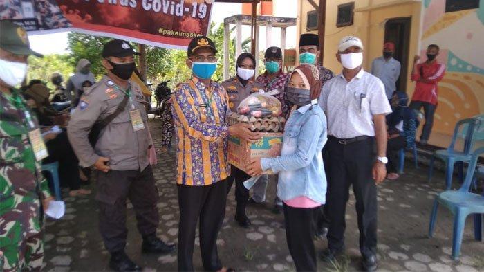 Salurkan 19.943 Paket Sembako untuk Warga Terdampak Pandemi Covid-19 di 3 Kecamatan Di Dumai