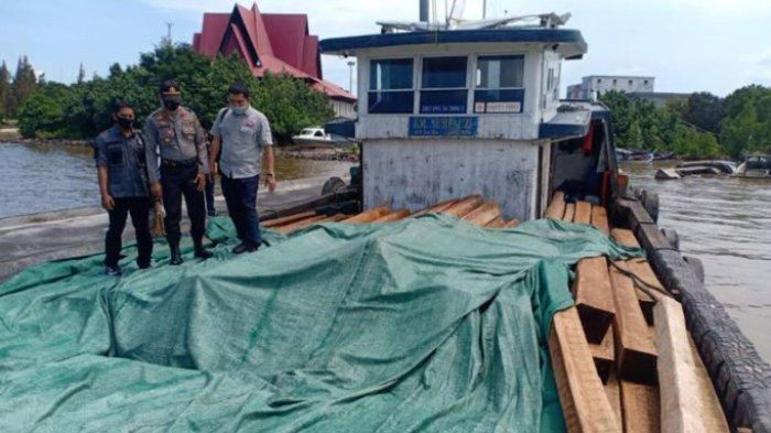 Boatload of mostly Mahang lumber seized in Port of Sungai Mush