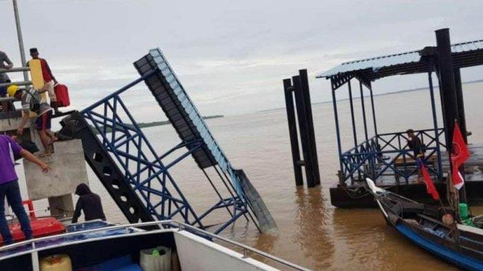 Rusak Dihantam Angin Kencang Pekan Lalu, Dermaga Sokoi Pelalawan Akan Segera Diperbaiki
