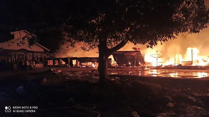 Dengar Ledakan Sebelum Api Muncul, Kerugian Rp 4 M, Kebakaran di Inhu Hanguskan 18 Rumah dan Warung