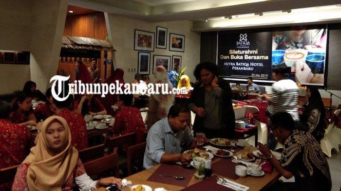 Manajemen Batiqa Hotel Undang Mitra Acara Buka Puasa Bersama