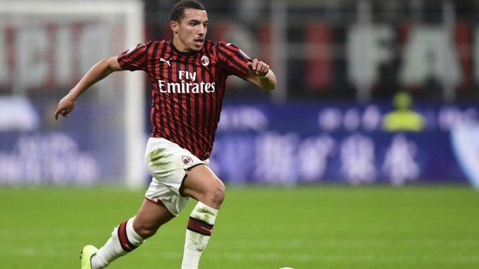 Bek AC Milan Ismael Bennacer