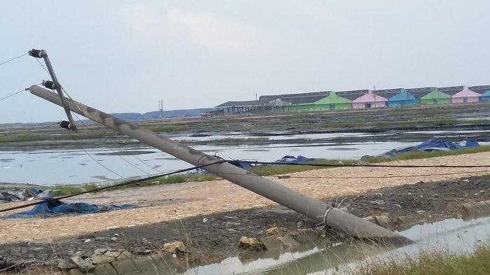 Bencana alam angin puting beliung menerjang Sumenep