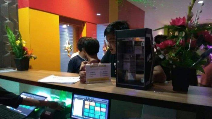 Karaoke Keluarga Plaza Hiburan di Banjiri Pengunjung Selama Lebaran