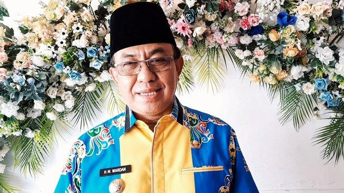 Bikin PNS Mumet, Bupati Inhil HM Wardan Larang ASN Pemkab Inhil Bepergian dan Cuti Mulai 6 Mei