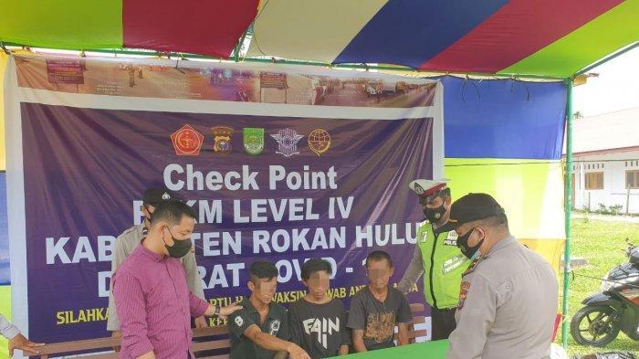 Nekat Bonceng Tiga Lewati Posko PPKM di Rohul Bikin Petugas Curiga, Benar Saja Ternyata. . .