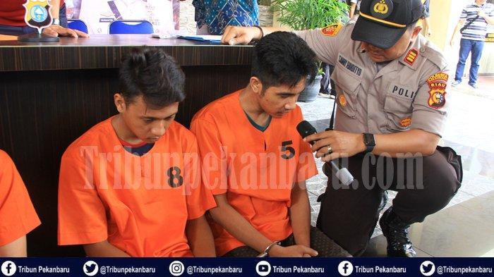 BREAKING NEWS : Dua Pelaku PEMERASAN Modus Ngaku Jadi Polisi Ditangkap sedang Beraksi di Pekanbaru
