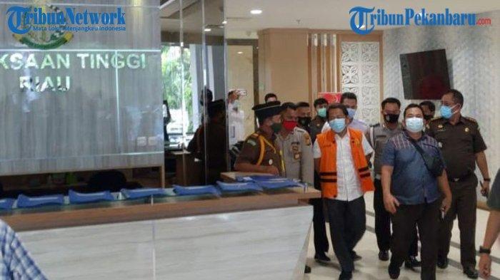 Gubernur Dirawat, Sekdaprov Ditahan, Edi Natar Nasution : Organisasi Pemprov Riau Harus Berjalan