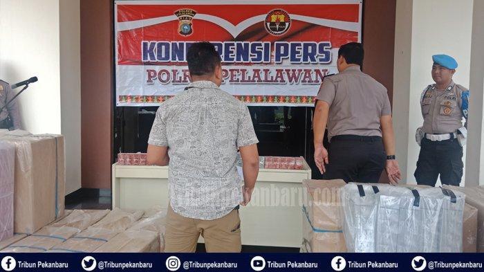 BREAKING NEWS : Penangkapan Rokok Ilegal di Riau, Polres Pelalawan Amankan 37 Dus, Dibawa ke Sumut