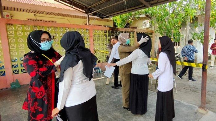 BREAKING NEWS:Sesi Pertama SKD CPNS Pelalawan Riau Dimulai, Peserta Formasi Kesehatan Masuk Ruangan