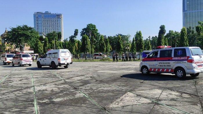 BREAKING NEWS: 60 Ambulans Dikerahkan Jemput Pasien Covid-19 di Pekanbaru yang Isoman di Rumah