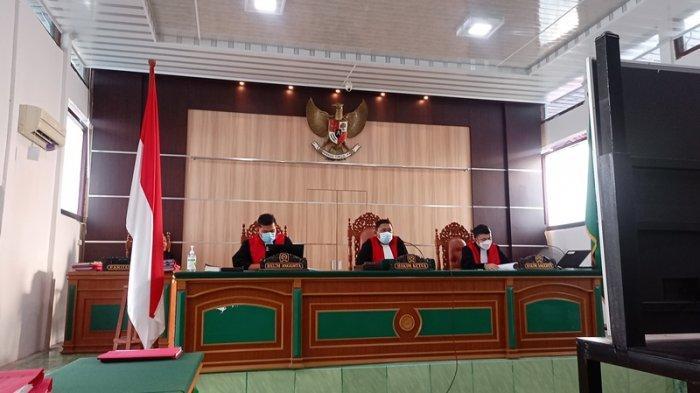 Majelis hakim PN Bengkalis, Senin (28/6/2021) soremenjatuhkan hukuman mati bagi terdakwa kurir sabu dalam kasus Narkoba di Bengkalis.