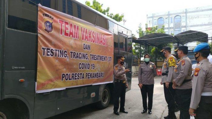 BREAKING NEWS: Polresta Pekanbaru Mulai Gelar Vaksinasi Covid-19 Keliling Door to Door