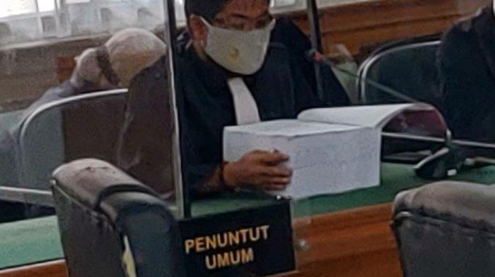 Sidang perdana dugaan korupsi Yan Prana Jaya terkait anggaran rutin di Badan Perencanaan Pembangunan Daerah (Bappeda) Kabupaten Siak 2013-2017, digelar pada Kamis (18/3/2021), sekitar pukul 11.20 WIB.