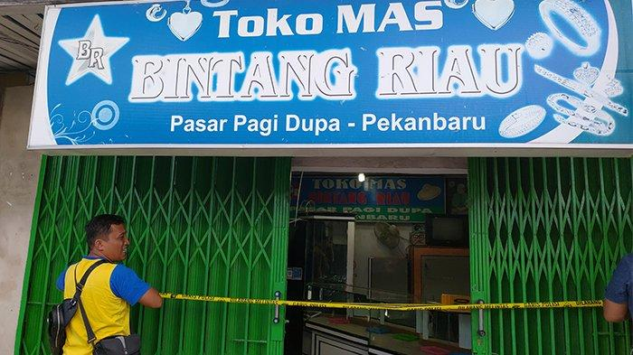 BREAKING NEWS: Toko Emas Bintang Riau di Pasar Dupa Pekanbaru Disatroni Maling