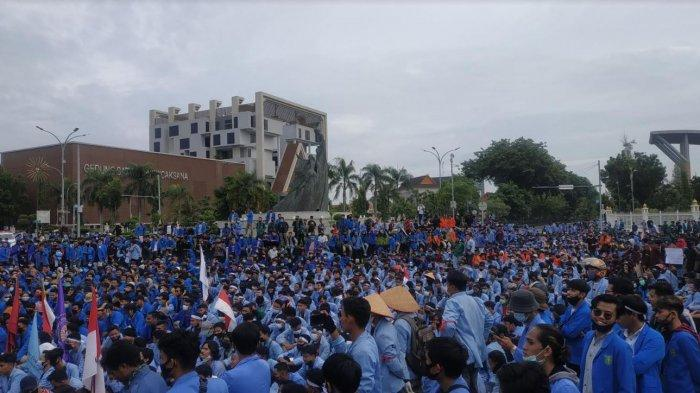 WagubRiau Jumpai Pendemo Tolak UU Cipta Kerja, Kericuhan Nyaris Pecah, Ternyata Ini Penyebabnya