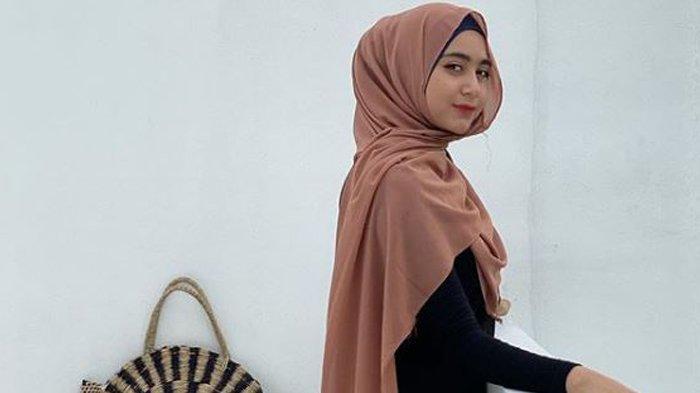 Taqy Malik Murka ke Netizen, Tak Terima Foto Istrinya Sherel Thalib Sebelum Berhijab Disebar,