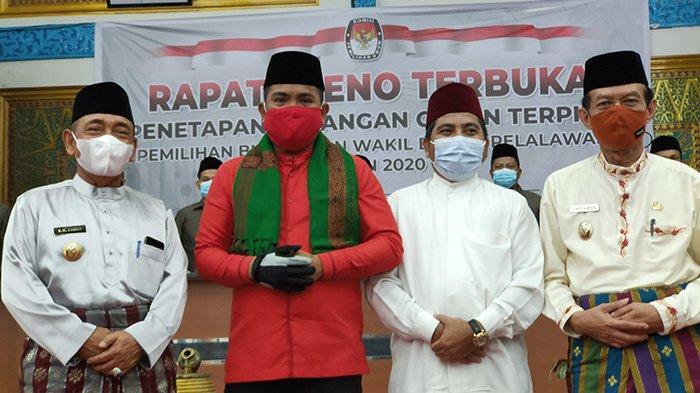 Zukri dan Nasarudin Ditetapkan Jadi Bupati dan Wakil Bupati Pemenang Pilkada Pelalawan 2020