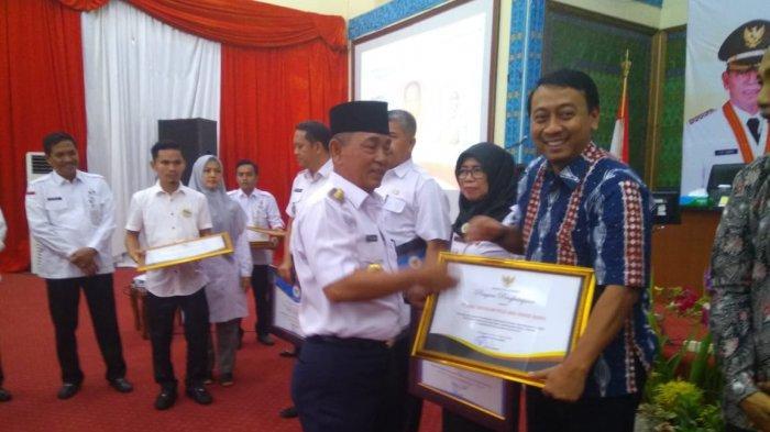 Pemerintah Pelalawan Beri Penghargaan CSR Terbaik ke PT RAPP