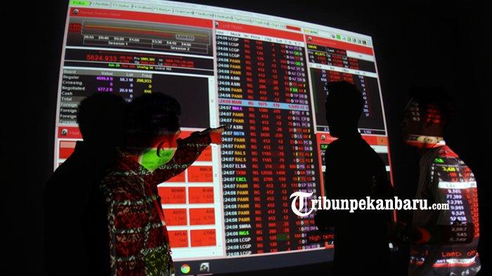 FOTO: Memantau Pergerakan Harga Saham di Kantor BEI Perwakilan Riau - bursa-efek-indonesia-riau-analisa-ihsg_20180905_155931.jpg