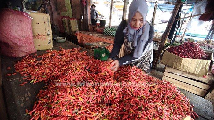 FOTO : Harga Cabai Rawit Merah di Pekanbaru Turun Drastis - cabai-setan-di-pasar-agussalim-pekanbaru.jpg